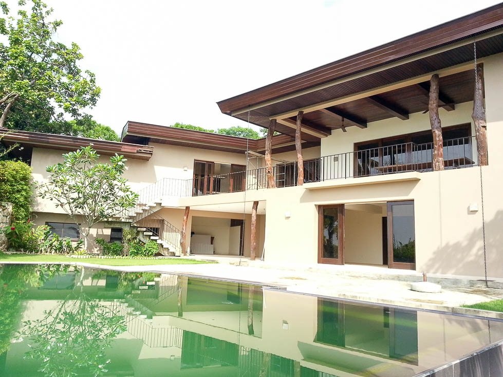 home residential house and lot house with infinity pool for rent in