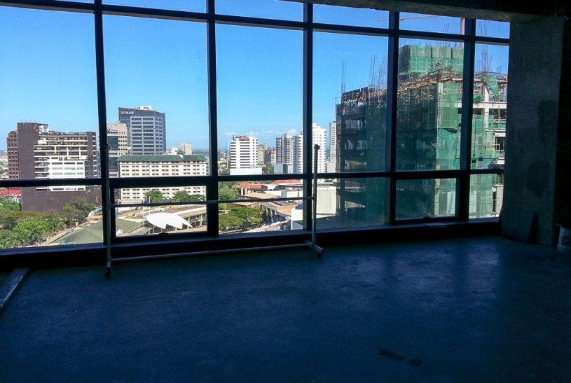 RCP101 590 SqM PEZA Office for Rent Cebu Business Park Cebu Gran