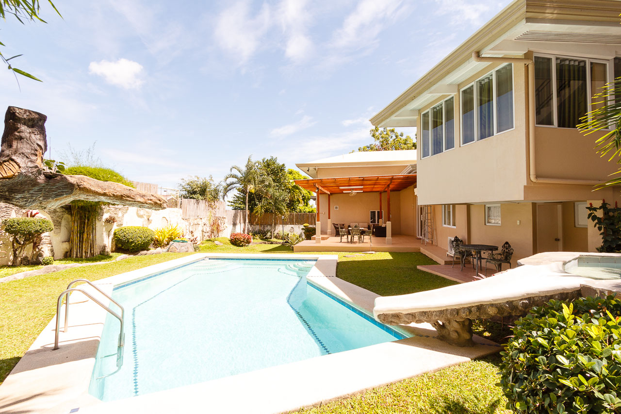 House for rent in maria luisa cebu cebu grand realty for 5 bedroom house with pool