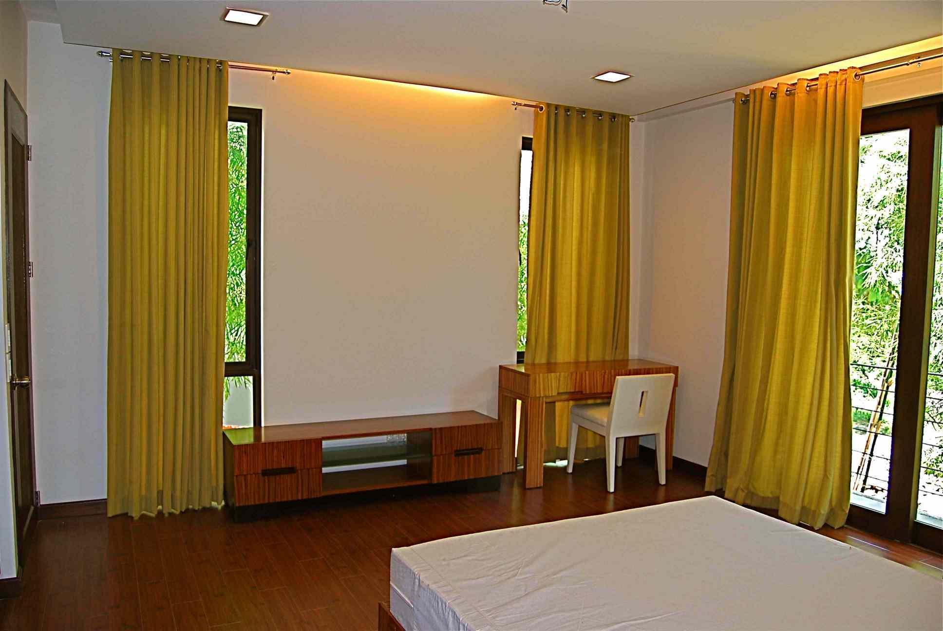 RH162 3 Bedroom House for Rent in Cebu City Banilad Cebu Grand Realty   4. House for Rent in Cebu City Banilad   Cebu Grand Realty