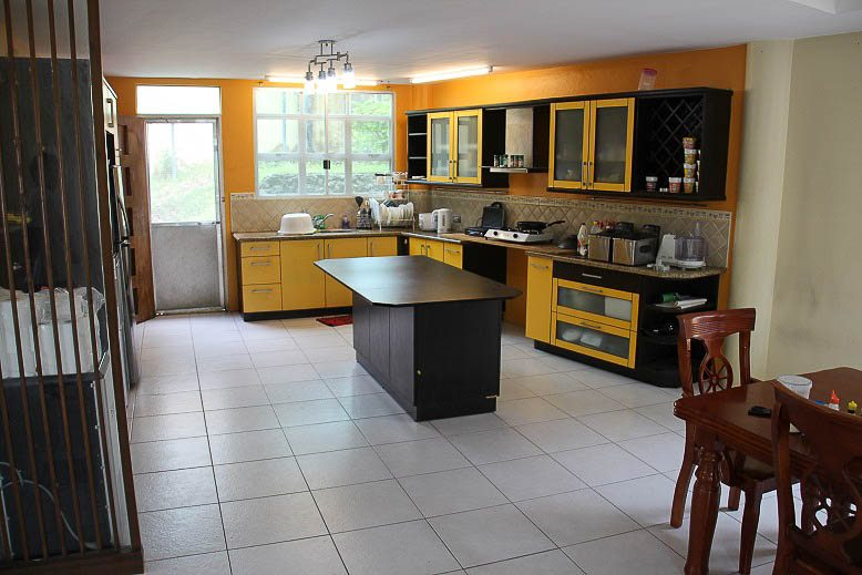 RH172 5 Bedroom House for Rent in Cebu City Cebu Grand Realty  Spacious House  for. 5 Bedroom Homes For Rent