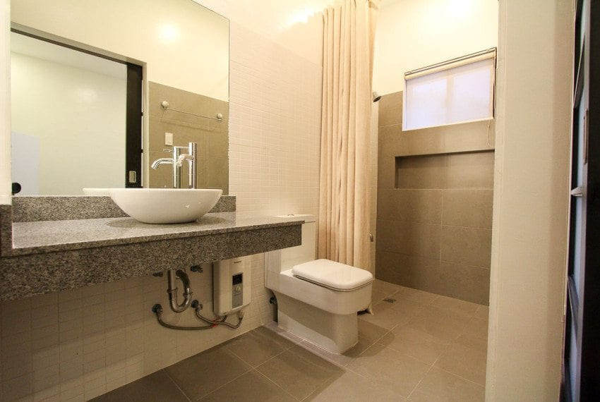 RH202 3 Bedroom House for Rent in Maria Luisa Estate Park
