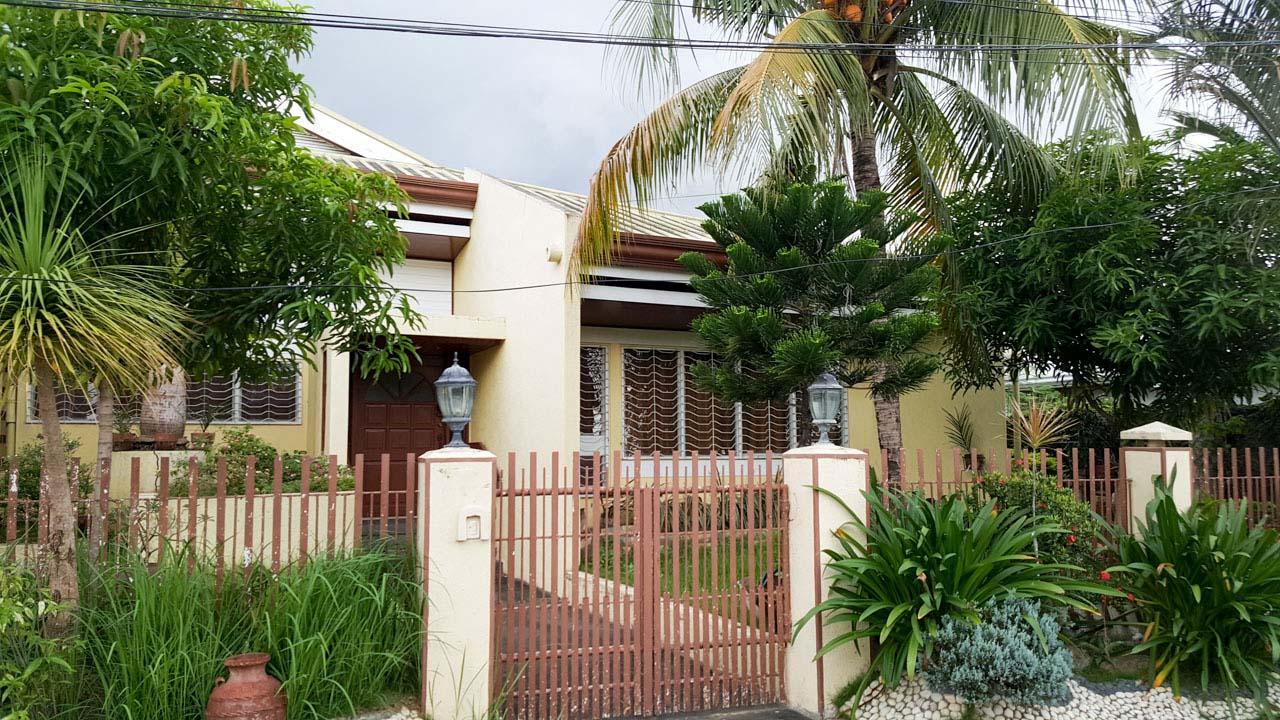 RH210 4 Bedroom House For Rent In Cebu CIty Banilad ...