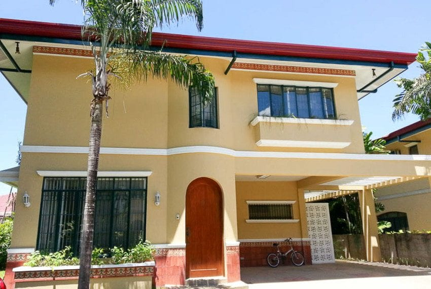 RH32 3 Bedroom House for Rent Banilad Cebu Grand Realty
