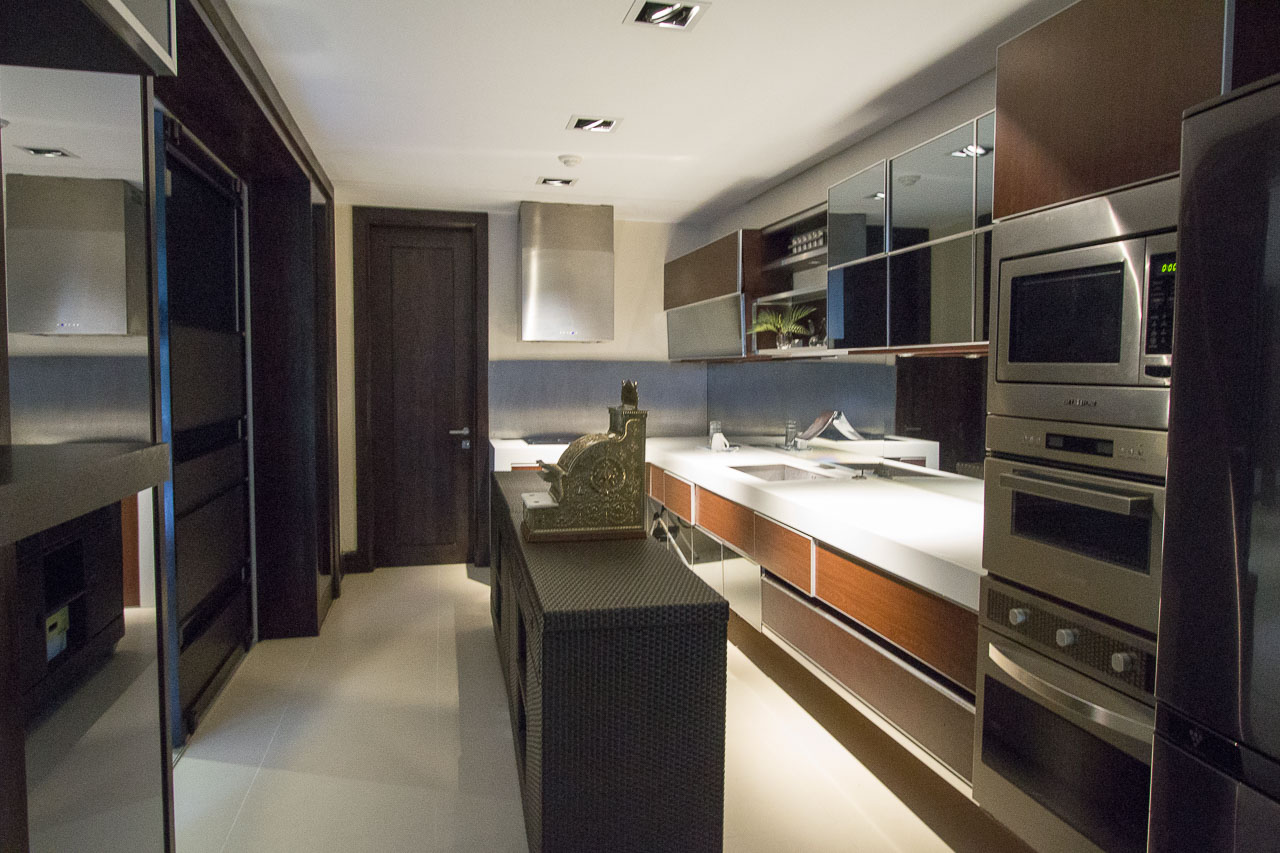 Luxury House and Lot for Sale in Maria Luisa Cebu - Cebu