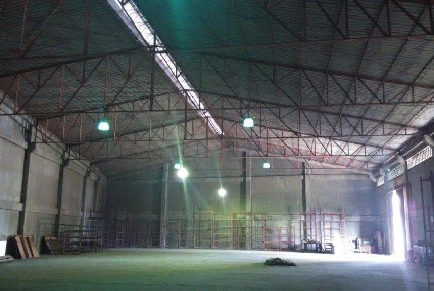 RC109 911 SqM Warehouse for Rent in Lapu Lapu  (1)