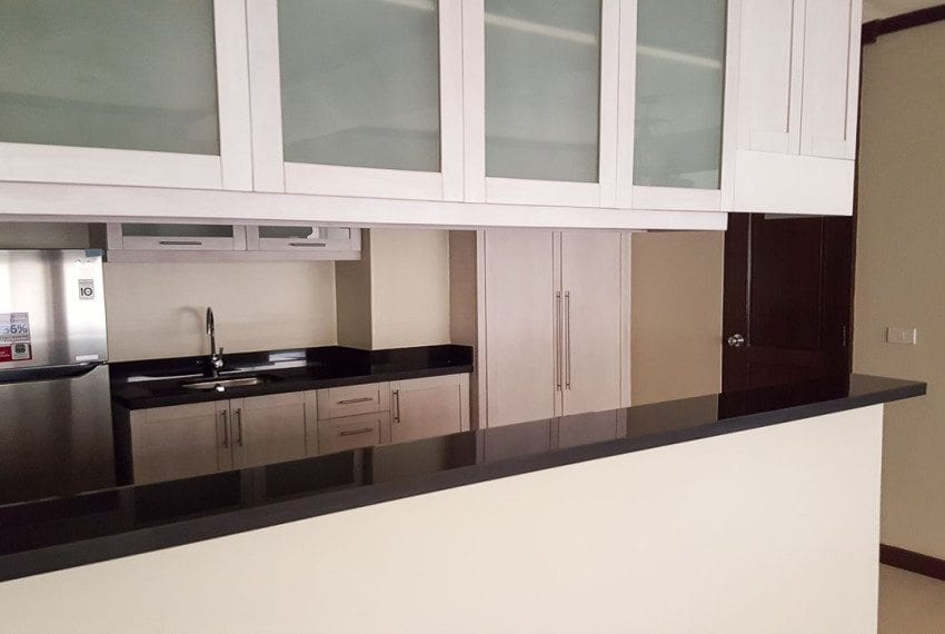 RC244 2 Bedroom Condo for Rent in Cebu City Banilad