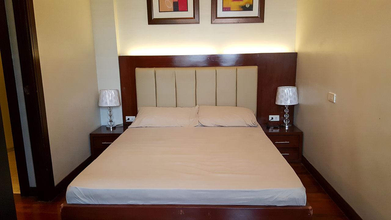 home residential condominium 2 bedroom condo for rent in cebu business
