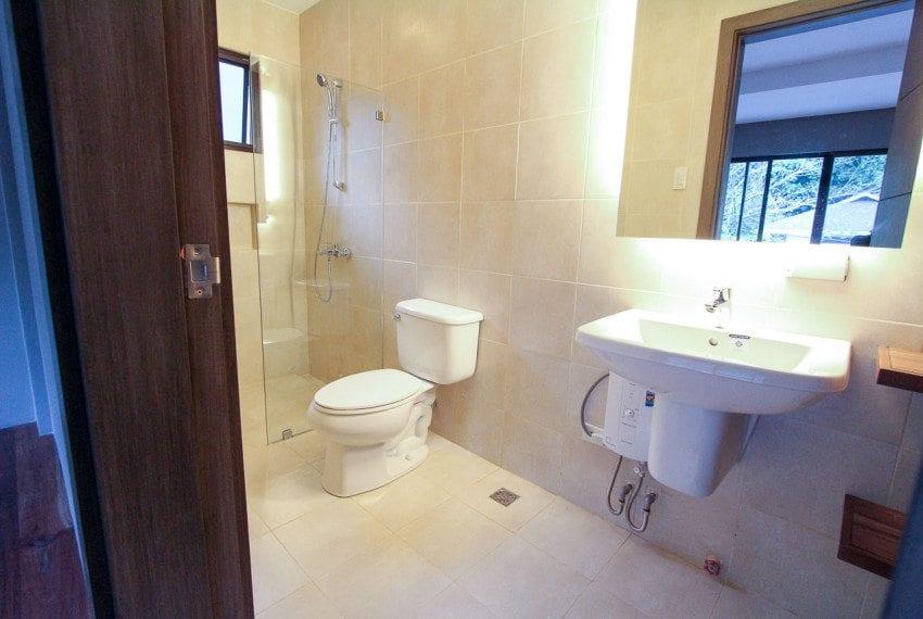 RH237 4 Bedroom House for Rent in Cebu City Maria Luisa Estate Park Cebu Grand Realty (10)