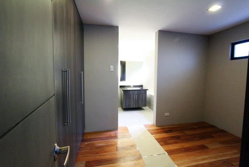 RH237 4 Bedroom House for Rent in Cebu City Maria Luisa Estate Park Cebu Grand Realty (7)