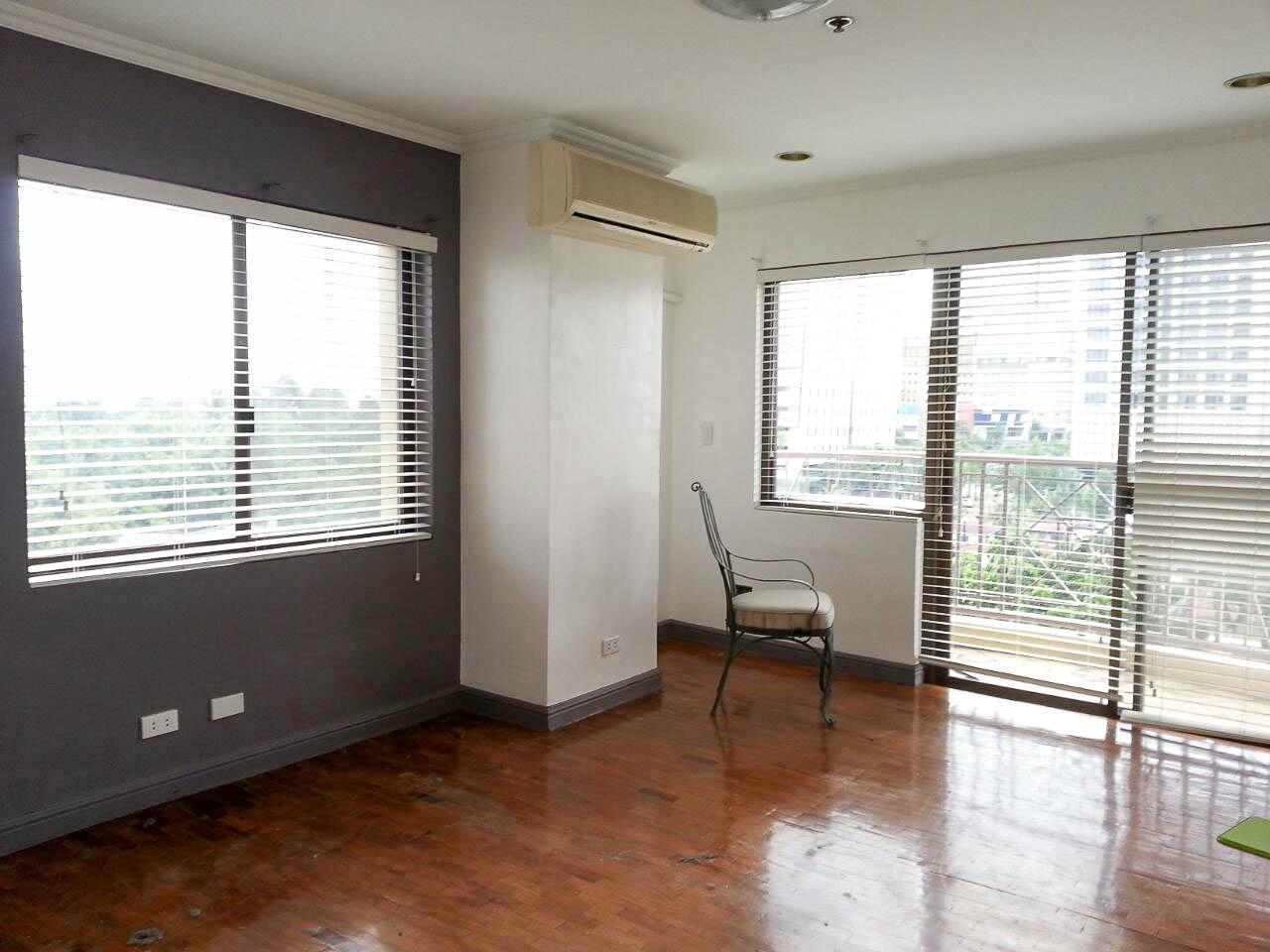 rc220 2 bedroom condo for rent in cebu city banilad cebu grand r