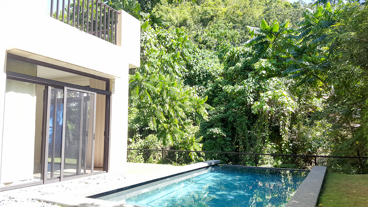 House for sale in maria luisa estate park cebu grand realty for Four bedroom house with pool