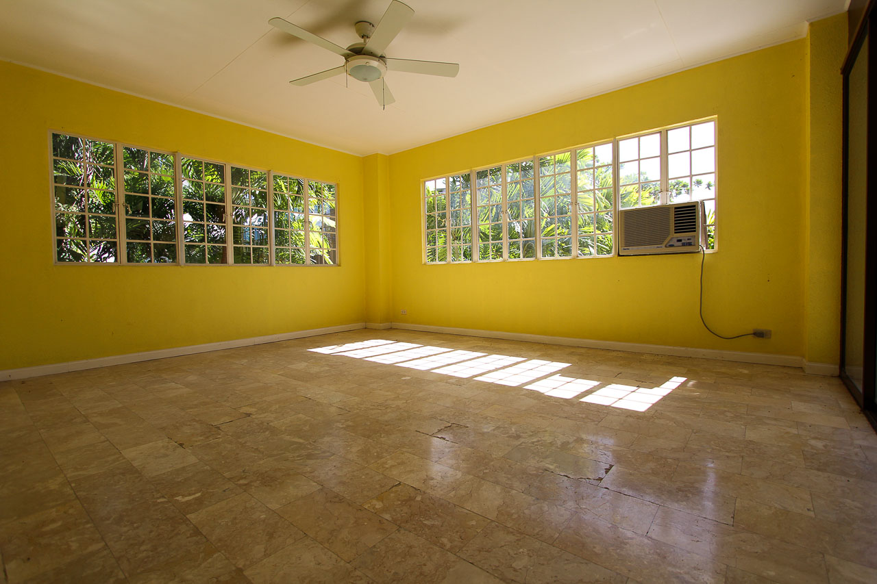 House For Rent In Maria Luisa Estate Park