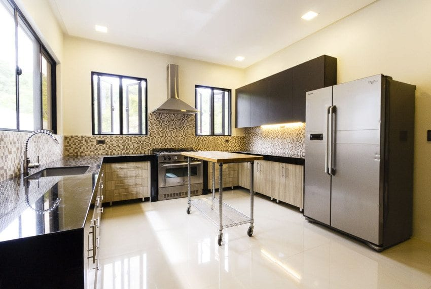 RH272 5 Bedroom House for Rent in Maria Luisa Park Cebu City Cebu Grand Realty (8)
