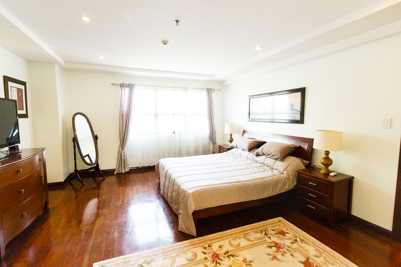 condo for rent in cebu business park cebu grand realty. Black Bedroom Furniture Sets. Home Design Ideas