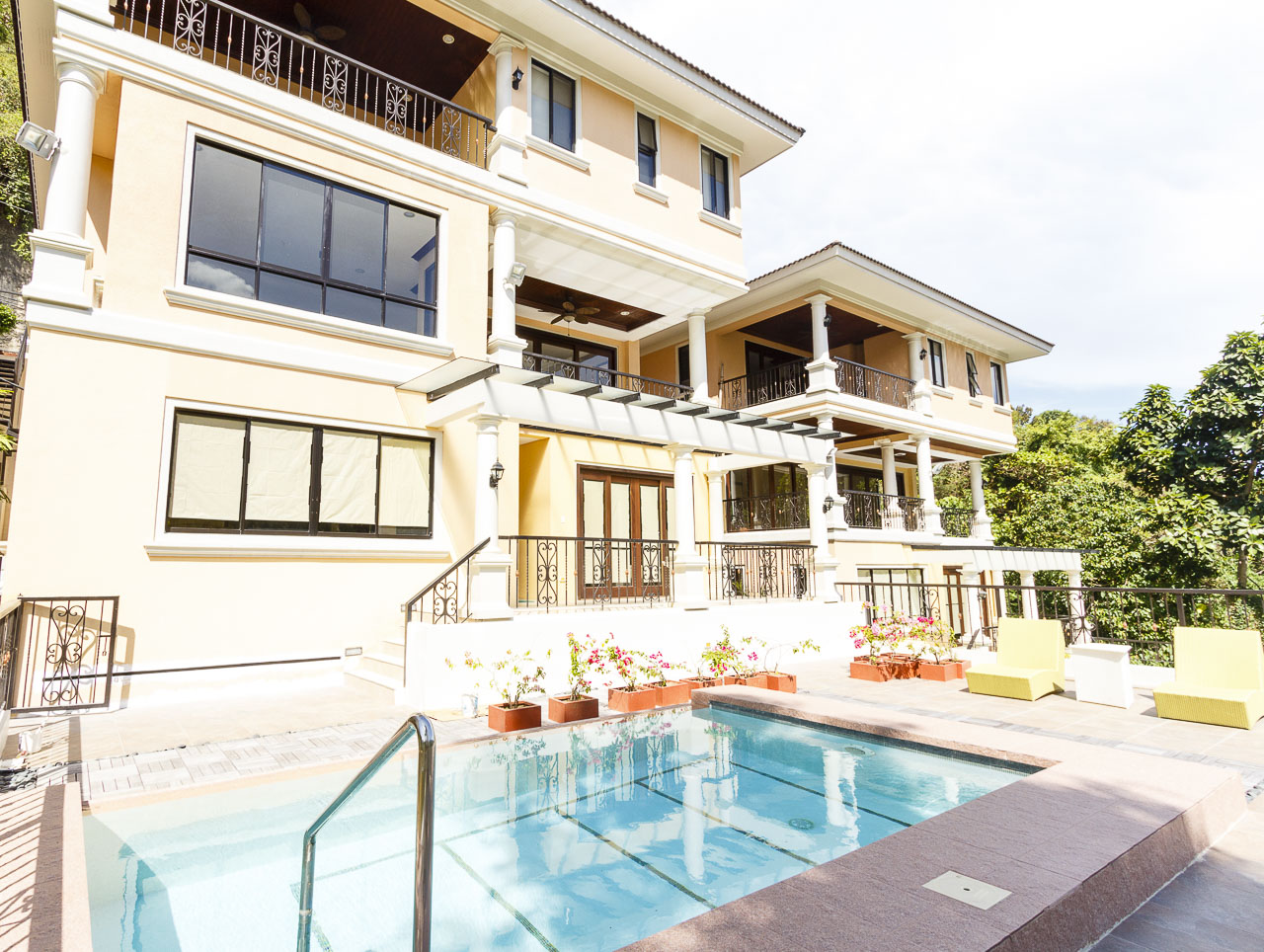 House for sale in maria luisa cebu grand realty for New 5 bedroom houses for sale