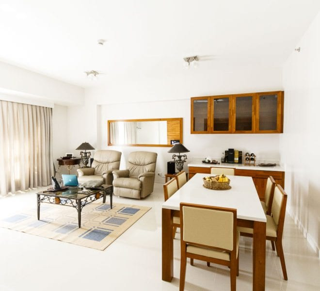 Condo for Sale in Marco Polo