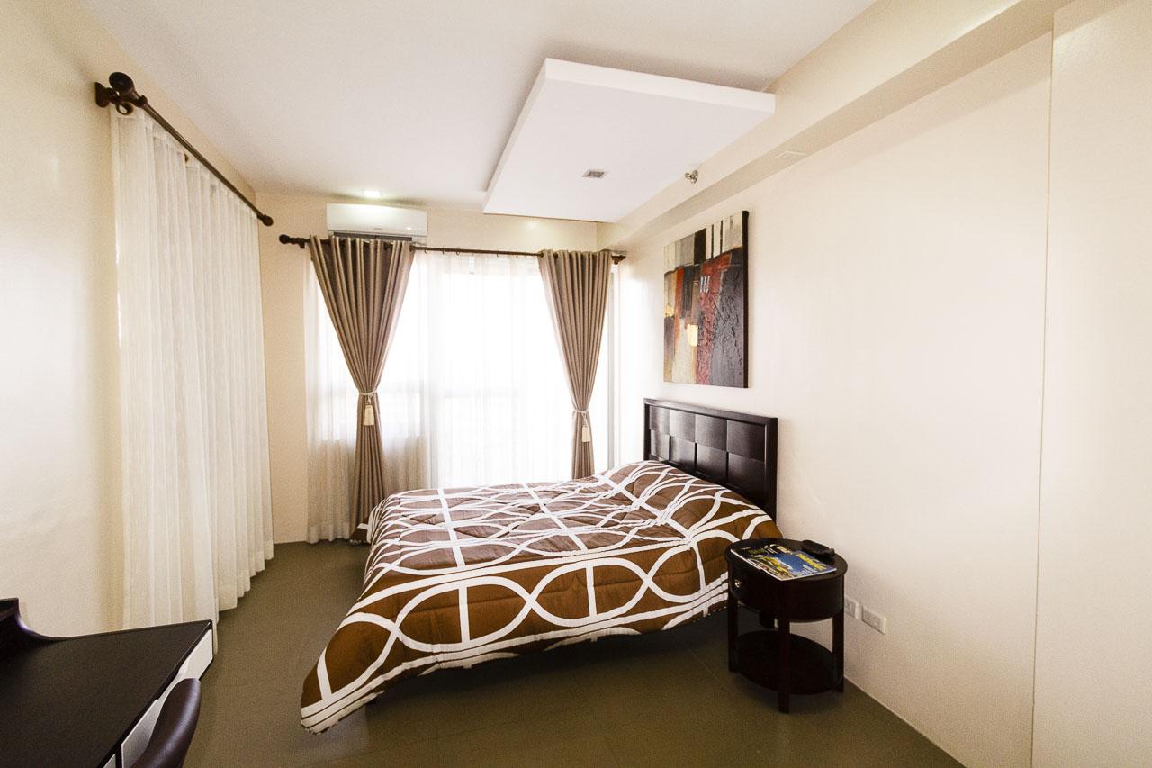 condominium fully furnished 1 bedroom condo for sale in cebu it park