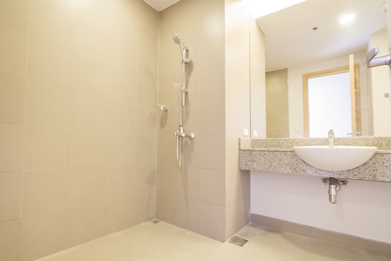 condo for sale in 1016 residences cebu grand realty