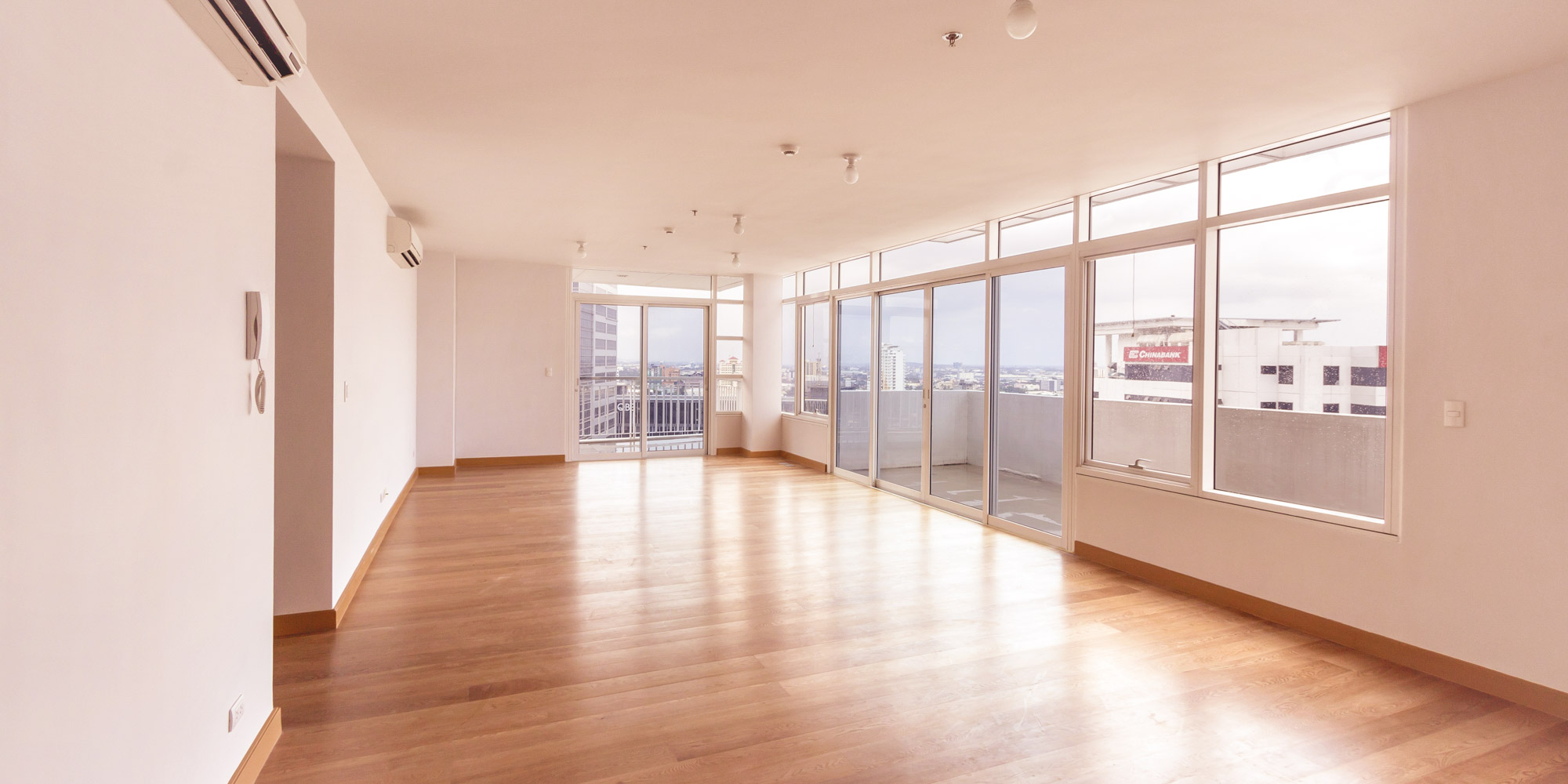 Spacious 3 Bedroom Condo for Sale in 1016 Residences