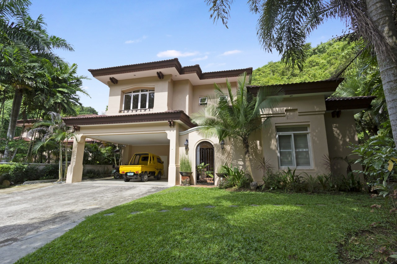 6 bedroom house for rent in maria luisa park cebu grand for 6 bed house to rent