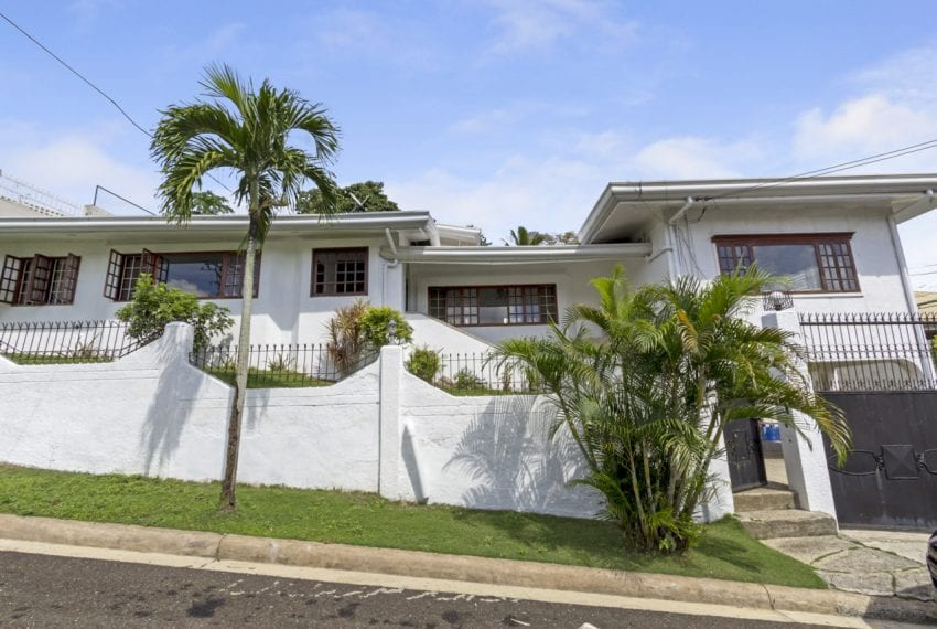 SRB134 4 Bedroom House for Sale in Talamban Cebu Grand Realty