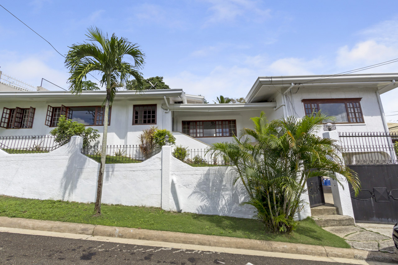 4 Bedroom House for Sale in Silver Hills Subdivision • Cebu