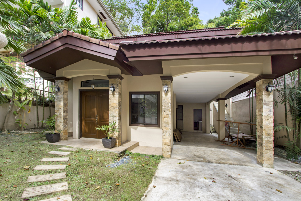 Renovated 4 Bedroom House for Sale in Maria Luisa Park Cebu Grand Realty