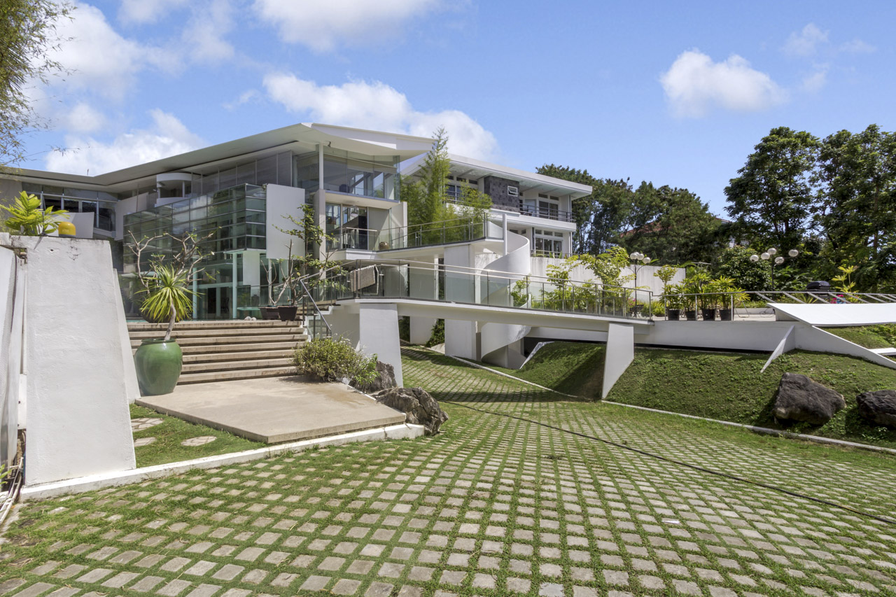 Contemporary 5 Bedroom House for Sale in North Town Homes Cebu Grand Realty