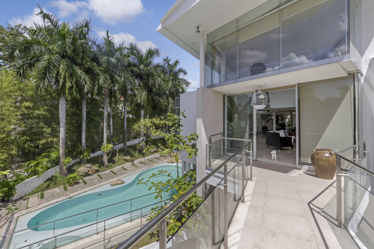 contemporary 5 bedroom house for sale in north town homes cebu grand