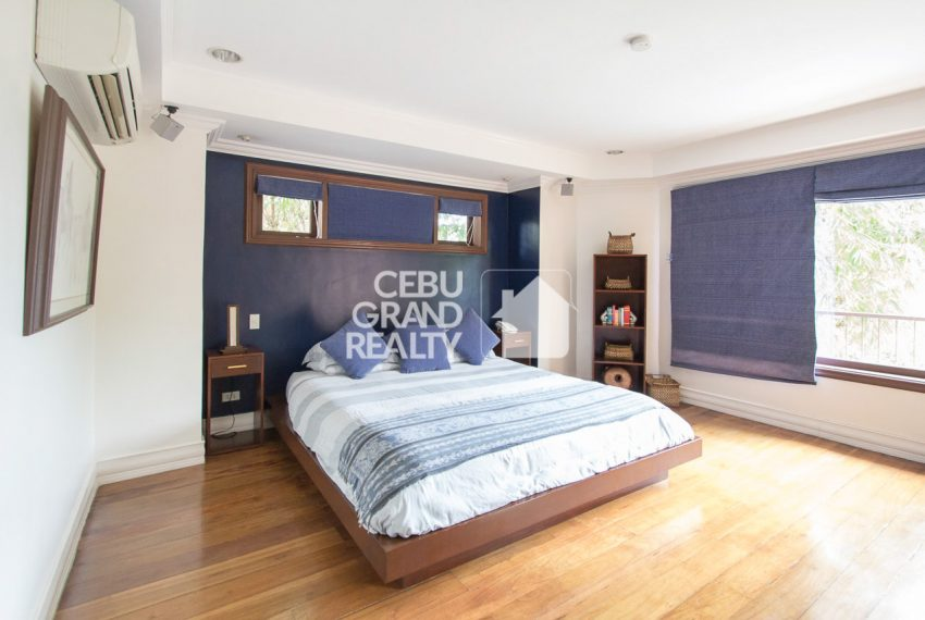 SRBNT4 5 Bedroom House for Sale in North Town Homes Cebu Grand R