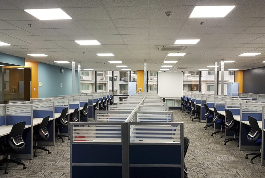 RCP156C 450 SqM Fitted Office Space for Rent in Cebu Business Pa