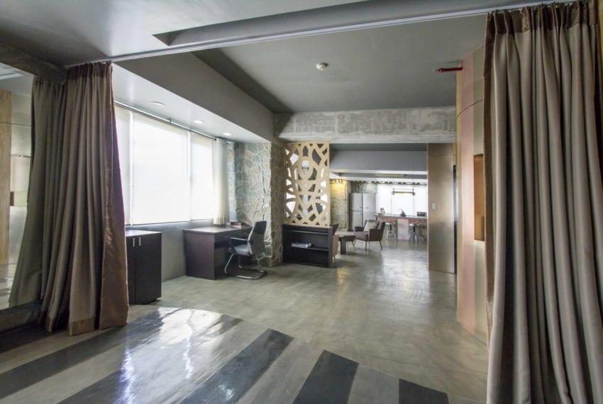 SRB143 Spacious 1 Bedroom Bachelor Pad for Sale in Cebu IT Park