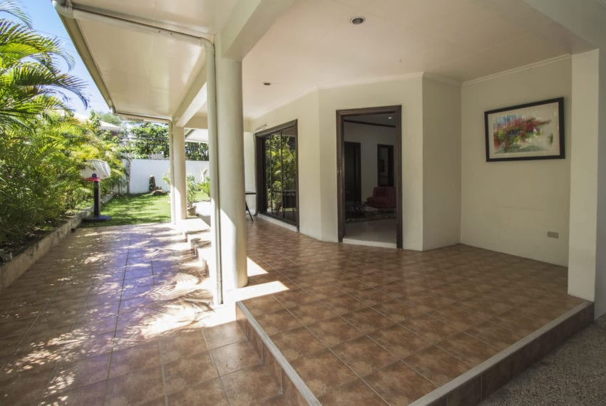 RH339 3 Bedroom House for Rent in Paradise Village Cebu Grand Re