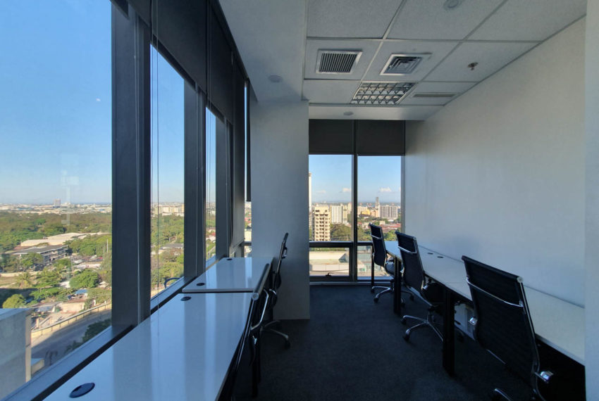 RCP133 6 Seats Office Space for Rent in Cebu IT Park Cebu Grand Realty (3)