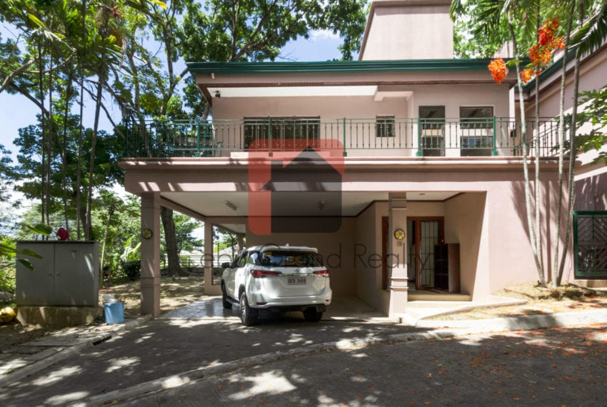 RHNTR1 3 Bedroom House for Rent in North Town Residences Cebu Grand Realty-1