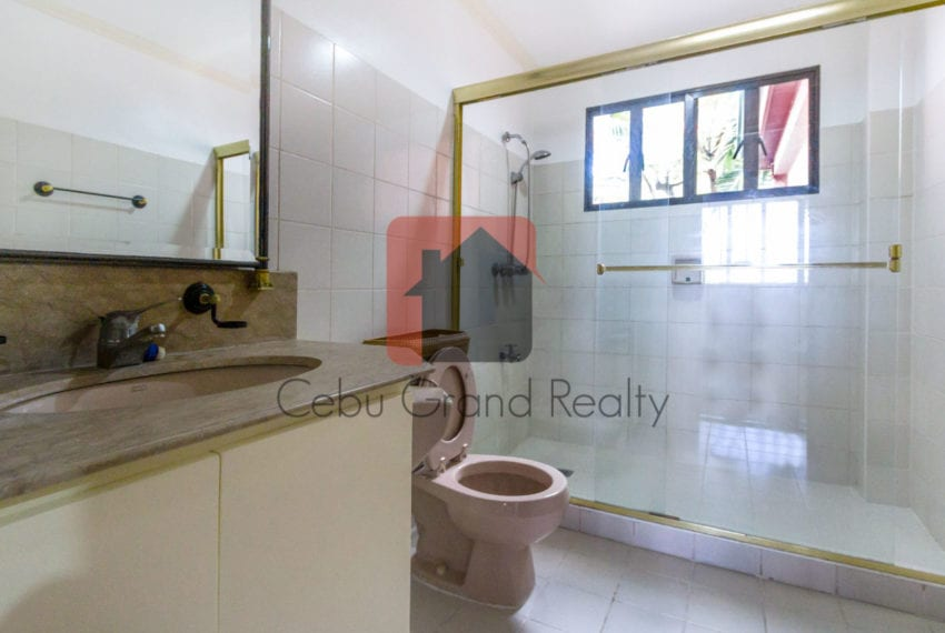RHNTR1 3 Bedroom House for Rent in North Town Residences Cebu Grand Realty-13