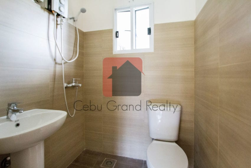 RHNTR2 Renovated 4 Bedroom House for Rent in North Town Residences Cebu Grand Realty-10