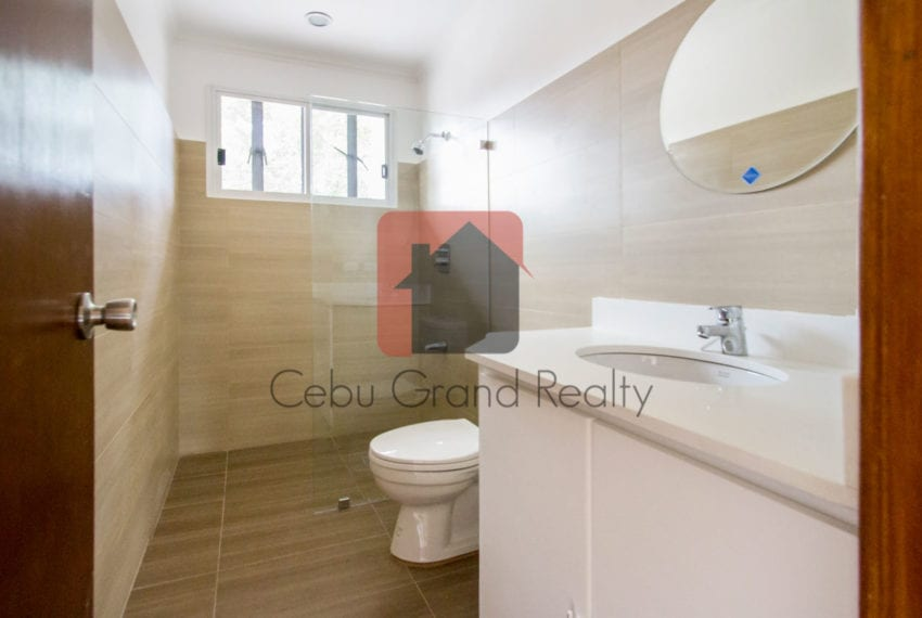 RHNTR2 Renovated 4 Bedroom House for Rent in North Town Residences Cebu Grand Realty-14