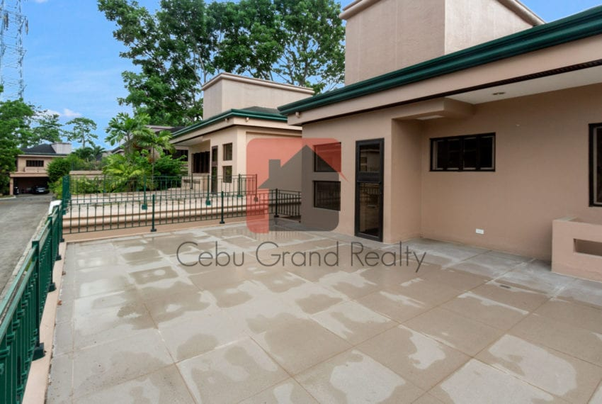 RHNTR2 Renovated 4 Bedroom House for Rent in North Town Residences Cebu Grand Realty-15