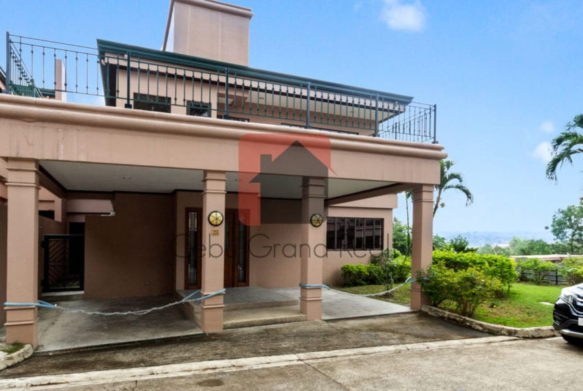 RHNTR2 Renovated 4 Bedroom House for Rent in North Town Residences Cebu Grand Realty-16