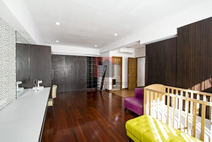 RC375 Spacious 2 Bedroom Condo for Rent in Banilad Cebu Grand Re