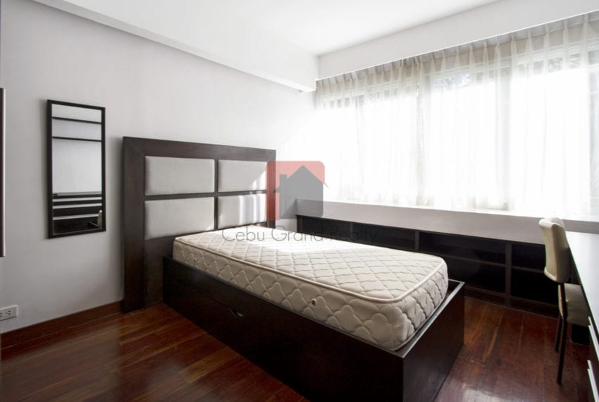 RC375 Spacious 2 Bedroom Condo for Rent in Banilad Cebu Grand Re