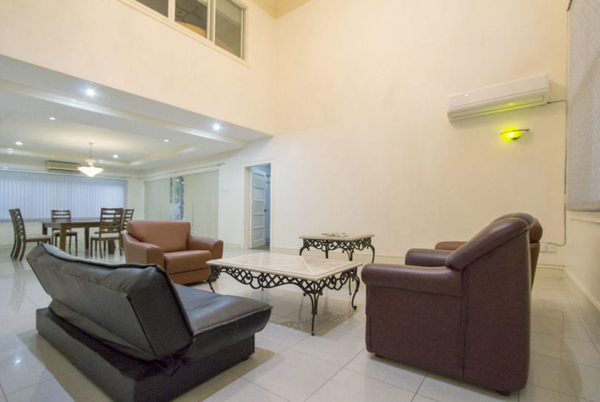 RHNT16 4 Bedroom House for Rent in North Town Homes Cebu Grand R