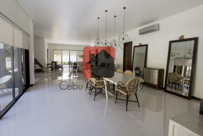 SRBNT7 New 5 Bedroom House for Sale in North Town Homes Cebu Gra