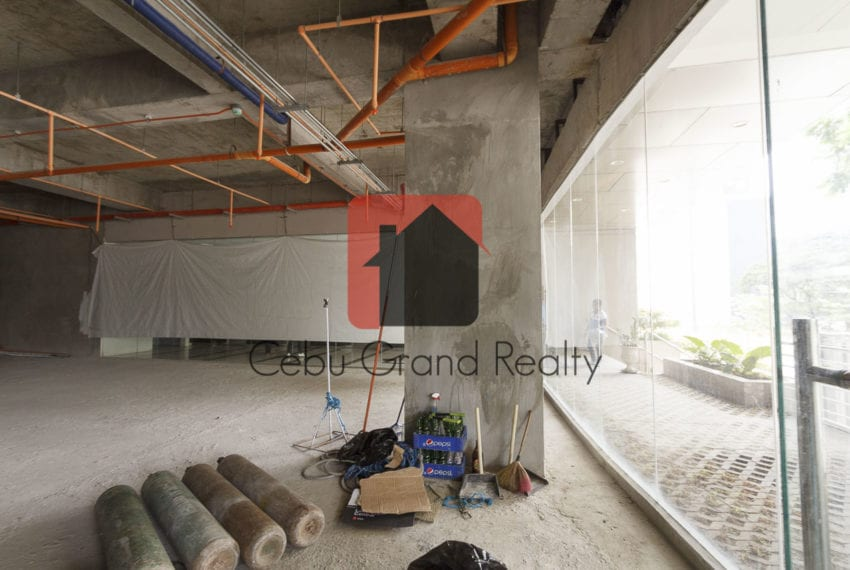 330 SqM Ground Floor Retail Space for Rent in Cebu Business Park