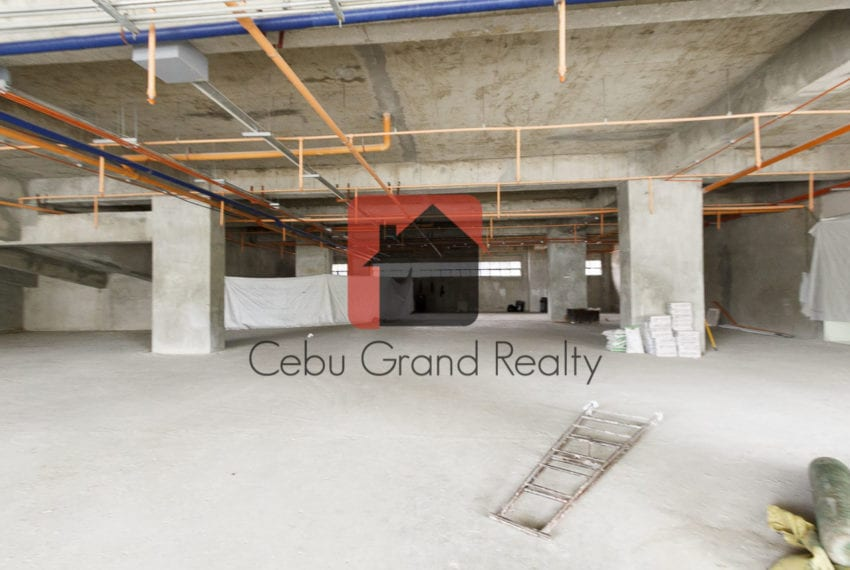 625 SqM Ground Floor Retail Space for Rent in Cebu Business Park