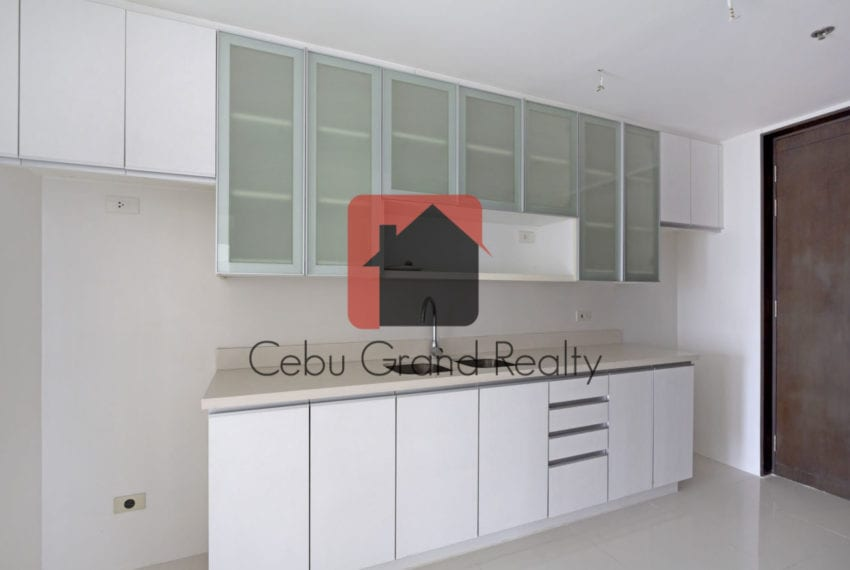 SRB151 3 Bedroom Condo for Sale in Cebu IT Park Cebu Grand Realty (3)