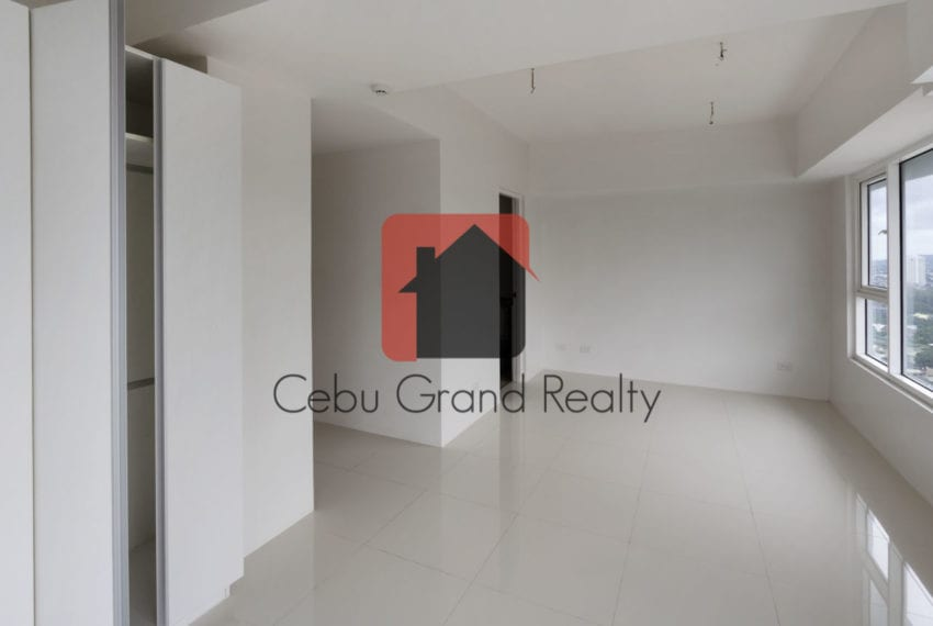 SRB151 3 Bedroom Condo for Sale in Cebu IT Park Cebu Grand Realty (8)