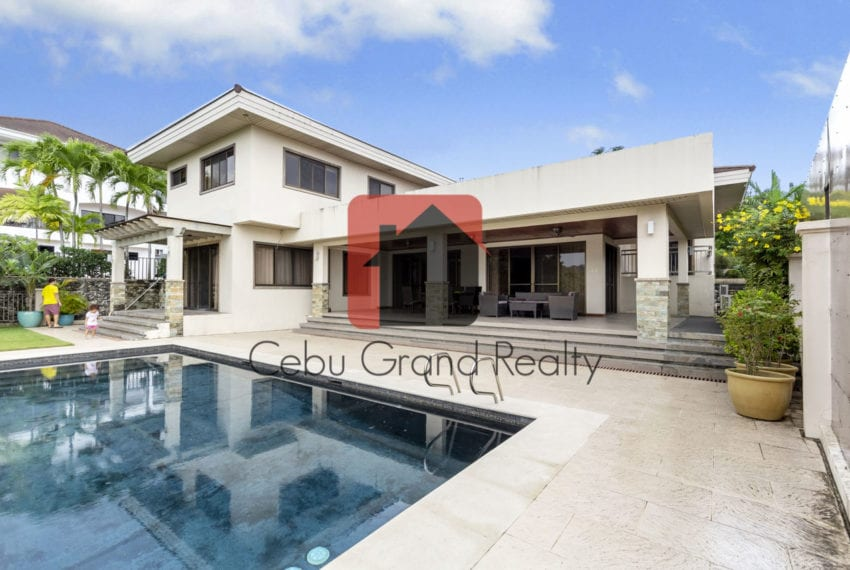 SRBML45 4 Bedroom House for Sale in Maria Luisa Park Cebu Grand